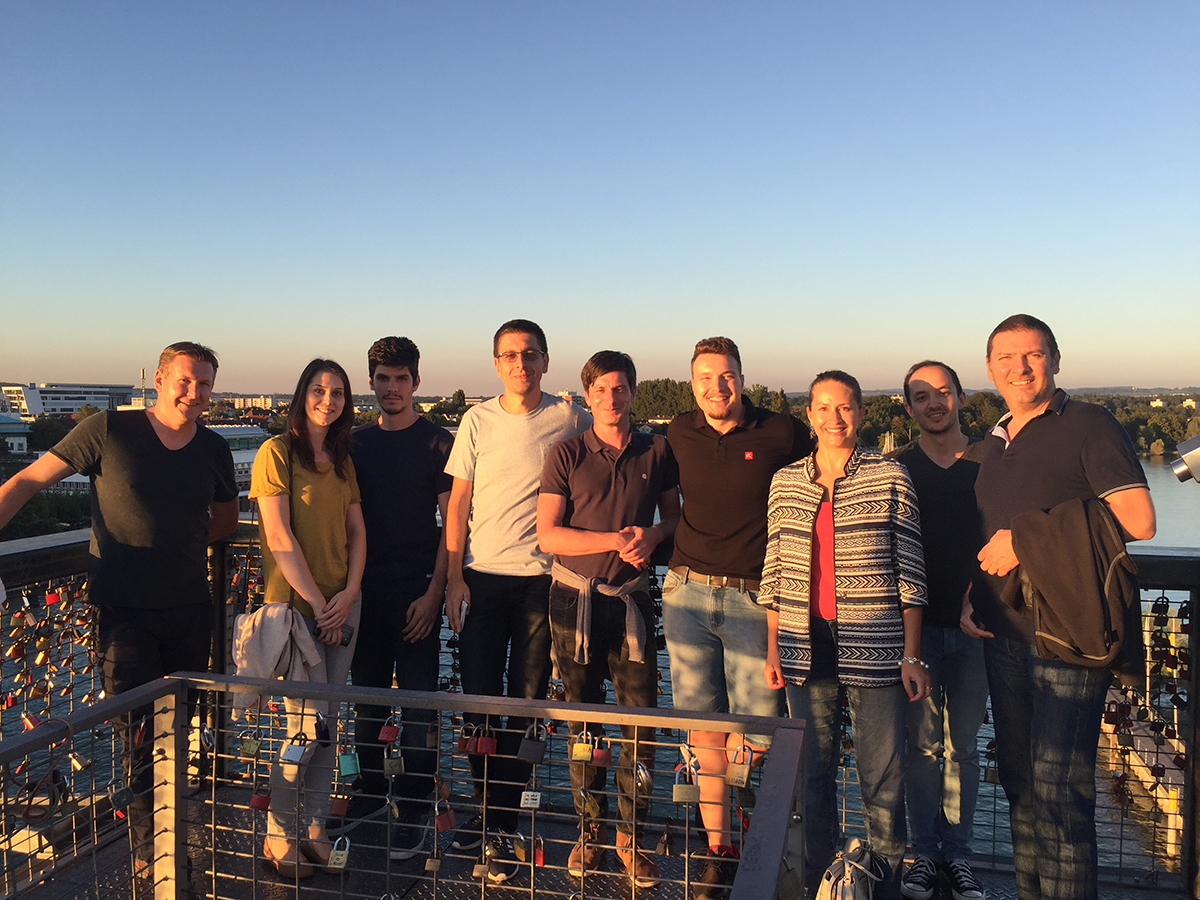 Onboarding @Avira - group picture of new employees