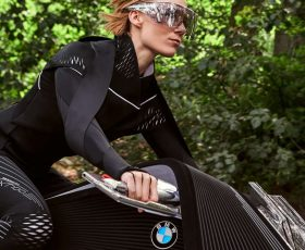 BMW's Vision Next 100 looks like the motorbike from Tron: Legacy