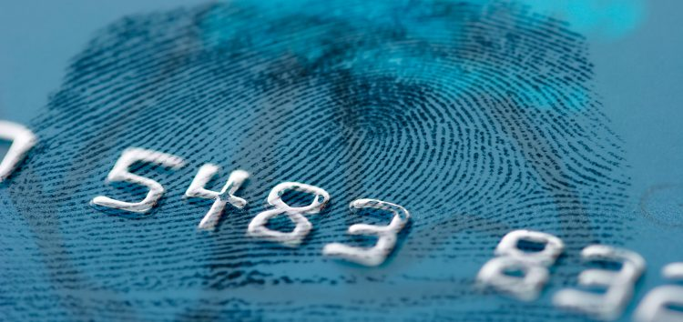 Mastercard: la carta con le tue impronte digitali