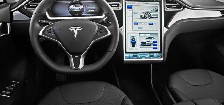 Tesla Model S: Gone in 2 seconds