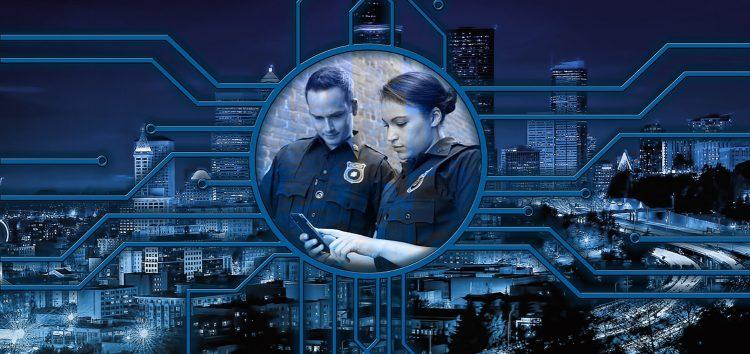 Deutsche verlangen nach Internet-Polizei